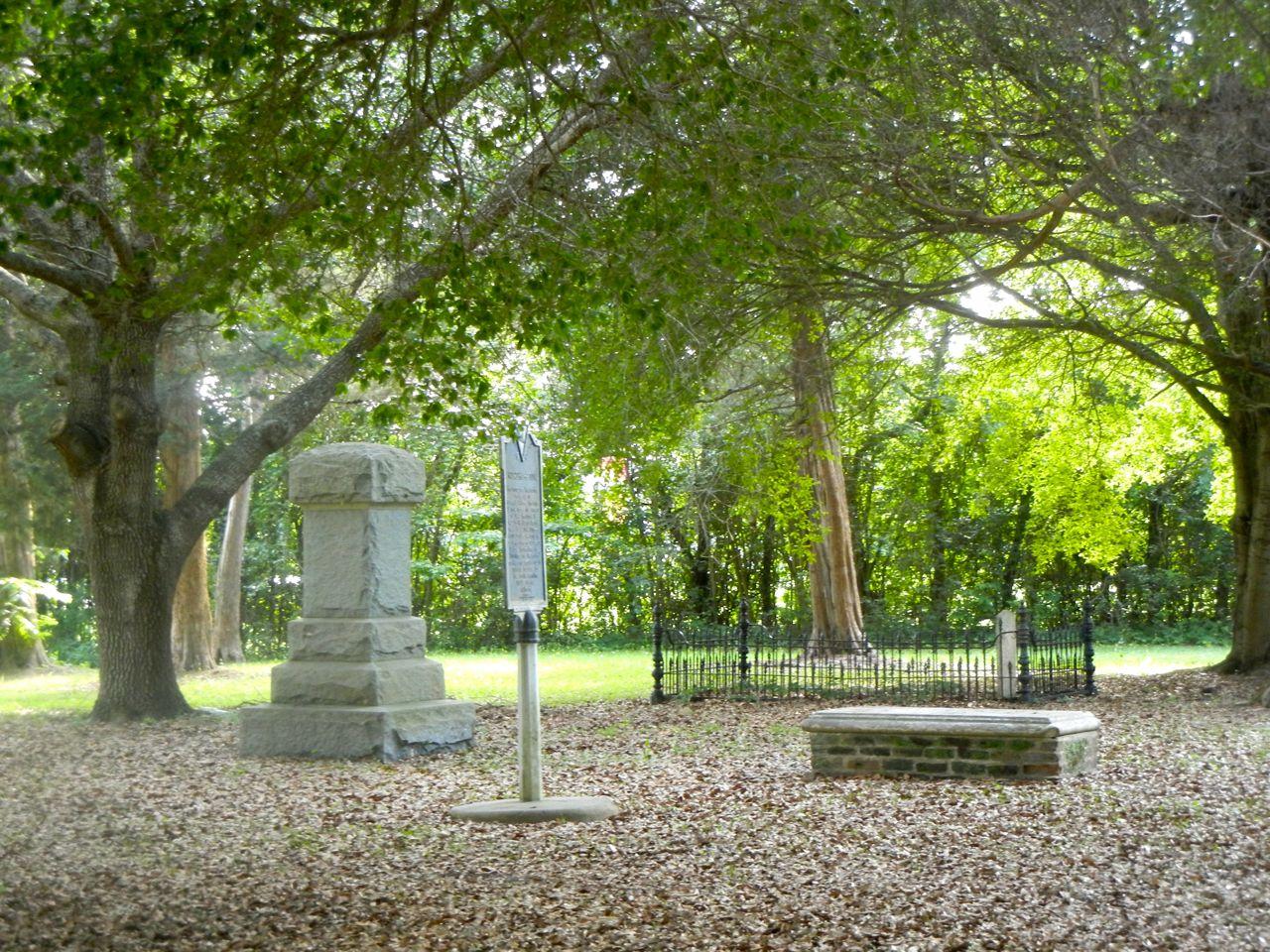 Graves on Eutaw Springs Battleground